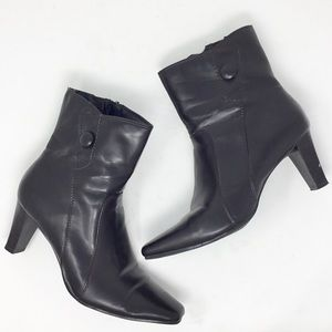 Predictions brown ankle boots